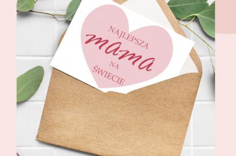 Prezenty na Dzień Mamy – pomysły od serca