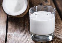 mleko-kokosowe-iStock-min