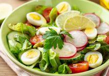 salatka-wiosenna-z-rzodkiewka-indeks-min
