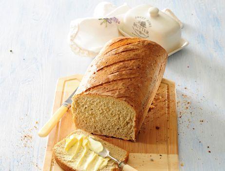 domowy-chleb-razowy