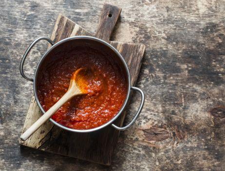 sos-pomidorowy-fot.iStock-min