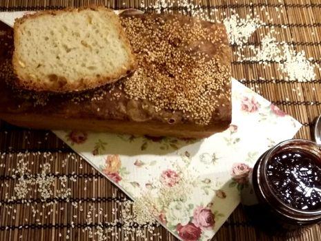 Przepis: Sezamowy chleb ze skórką pomarańczy