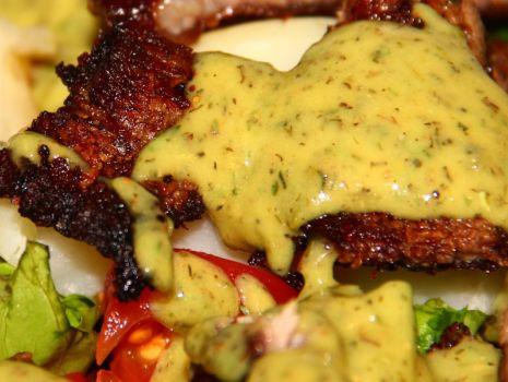Przepis: Sałatka z grillowaną wołowiną na ciepło
