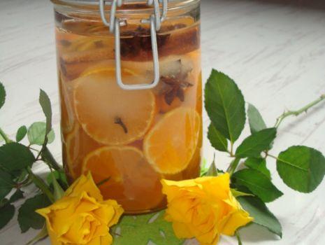 Przepis: Likier mandarynkowy - idealny prezent od serca :)