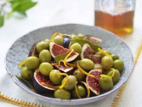 Przepis: Oliwki marynowane z figami i pomarańczami
