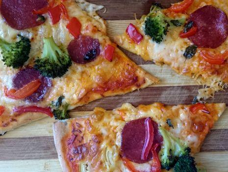 Przepis: Pizza Broccolli