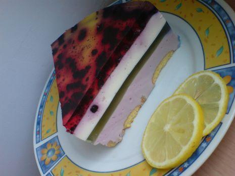 Przepis: Sernik na zimno jagodowo-kolorowy