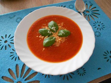 Przepis: Krem z pomidorów na ostro