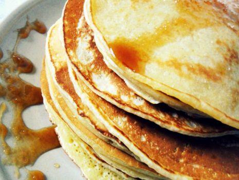 Przepis: Amerykańskie naleśniki, czyli puszyste pancakes