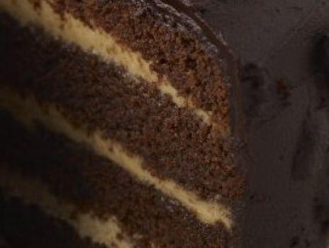 Przepis: Tort z kremem mascarpone i likierem kawowym