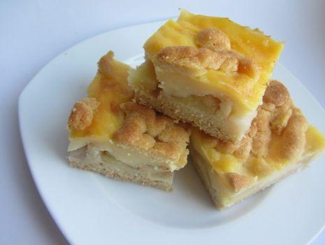 Przepis: Ciasto z gruszkami i jabłkami
