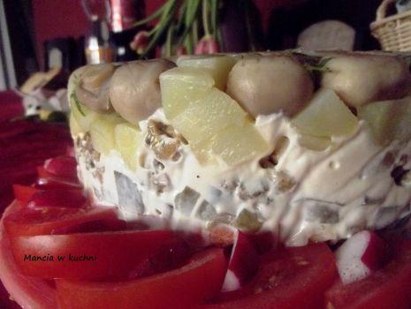 Przepis: Warzywny tort - sałatka