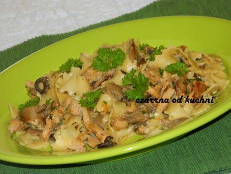 Przepis: Schab w sosie grzybowym z makaronem