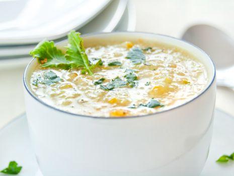 Przepis: Zupa z białej kapusty i kalarepy