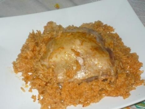 Przepis: Kurczak w ryżu i sosie
