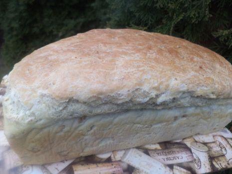 Przepis: Chleb z dodatkiem płatków orkiszowych