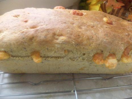 Przepis: Chlebek z serem i  oregano