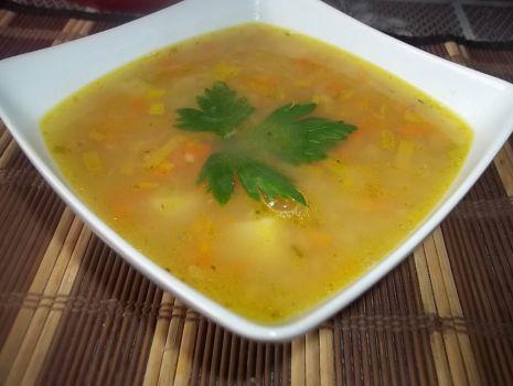Przepis: Cukiniowa zupa z soczewicą