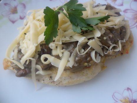 Przepis: Filet drobiowy z grzybami leśnymi