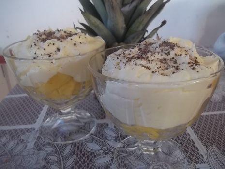 Przepis: Ananas z kremem