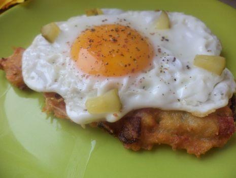 Przepis: Placki ziemniaczane z jajkiem sadzonym