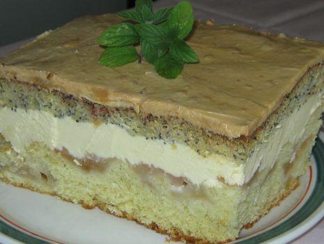 Przepis: Ciasto z jabłkami i kremem