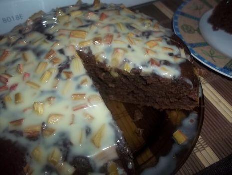 Przepis: Kawowe ciasto z rabarbarem
