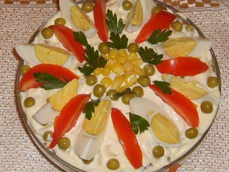Przepis: Sałatka pieczarkowa z makaronem