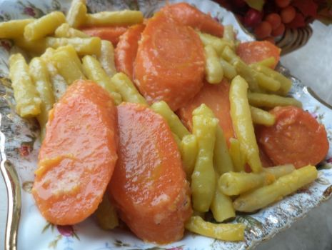 Przepis: Fasolka szparagowa z marchewką