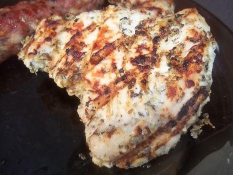Przepis: Kurczak w jogurtowej marynacie z grilla