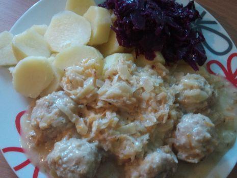 Przepis: Pulpeciki w sosie warzywnym