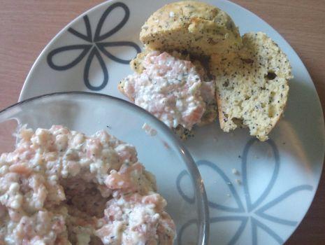 Przepis: Pasta z wędzonego łososia