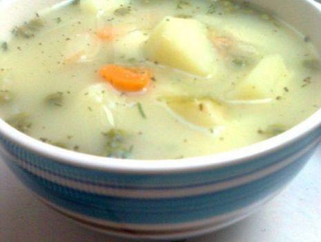 Przepis: Zupa z cukinii i zielonego  groszku