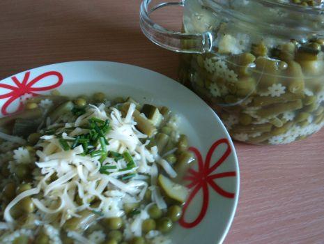 Przepis: Zielona zupa z makaronem