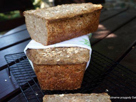 Przepis: Chleb żytni na zakwasie ze słonecznikiem