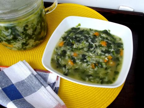 Przepis: Zupa szpinakowa na gęsto