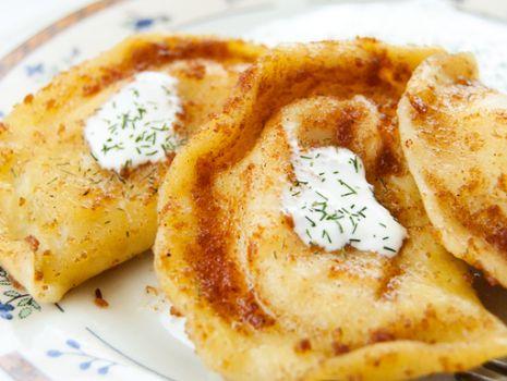 Przepis: Pierogi z białą fasolą, twarogiem i ziemniakami