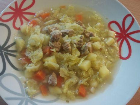 Przepis: Zupa kapuściana z mięsem