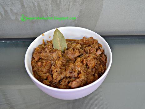 Przepis: Bigos z kiszonej kapusty