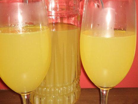 Przepis: Kompot jabłkowo-pomarańczowy