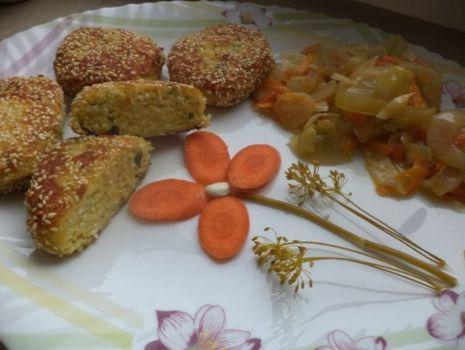 Przepis: Kotlety z jajek i sezamu