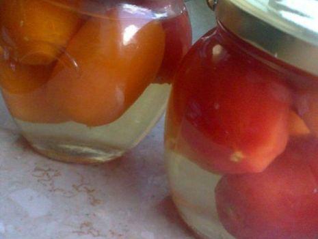 Przepis: Pomidory pasteryzowane