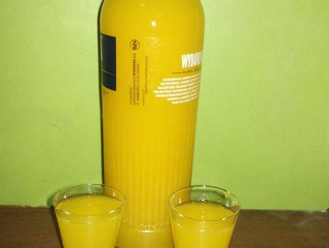 Przepis: Nalewka pomarańczowa