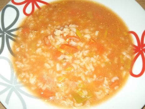 Przepis: Pomidorowa z domowego przecieru