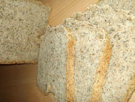 Przepis: Chleb pszenno-żytni z ziarnami