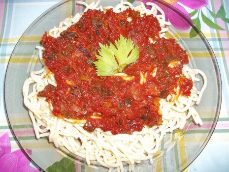 Przepis: Makaron z sosem porowym