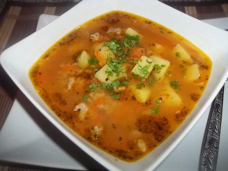 Przepis: Zupa z soczewicą i mielonym mięsem
