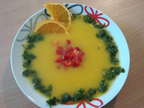 Przepis: Zupa z dyni z pomarańczą