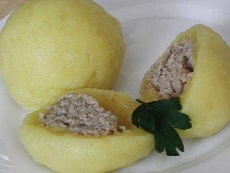 Przepis: Pyzy z mięsem wg.msewki.
