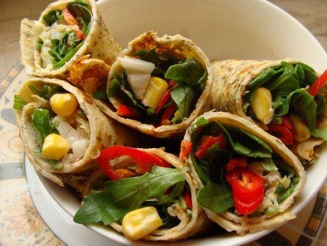 Przepis: Wrapy ziołowe z rukolą